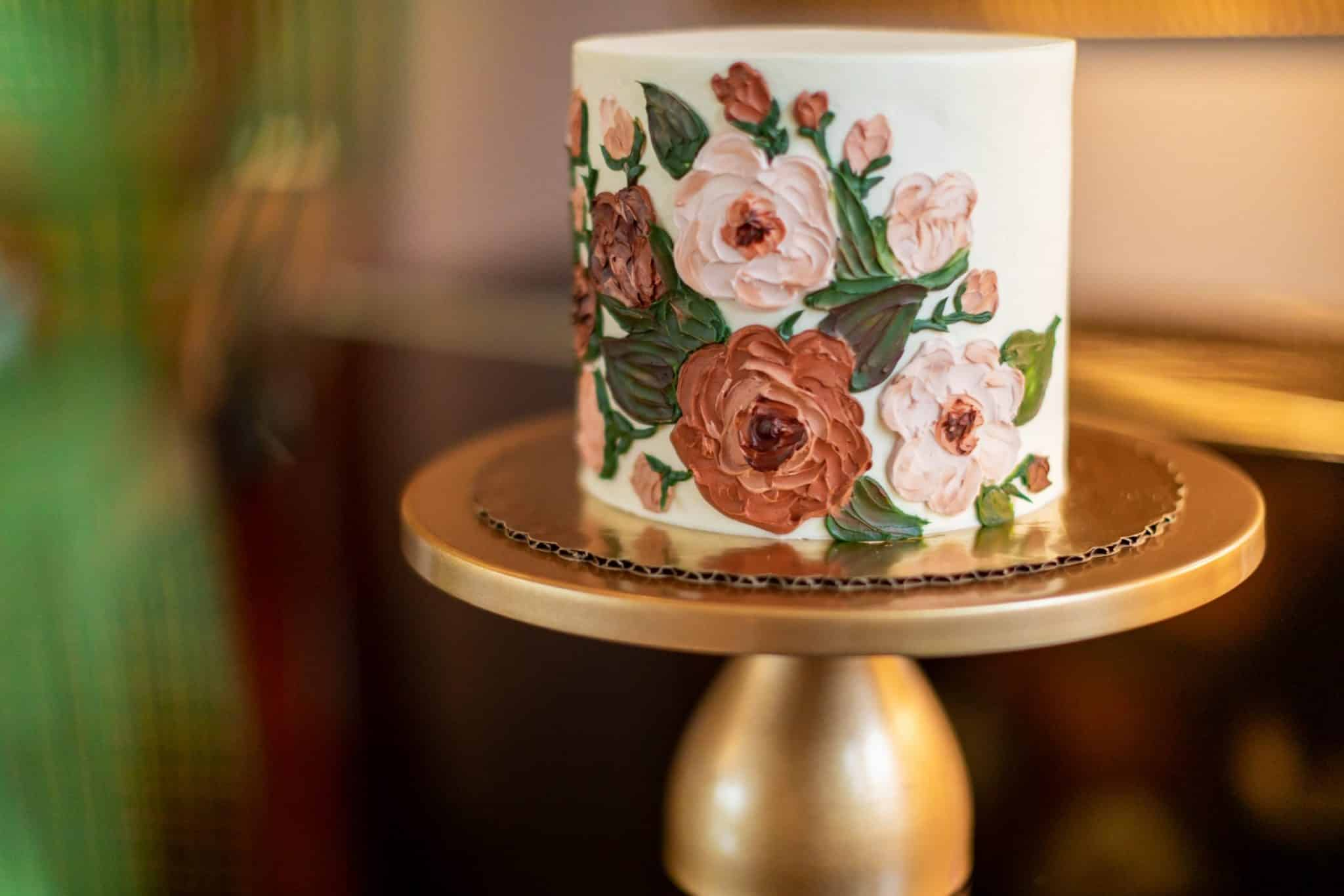 Wedding cake with floral icing patterns